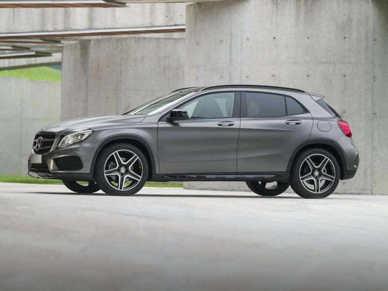 Research the 2017 Mercedes-Benz GLA250