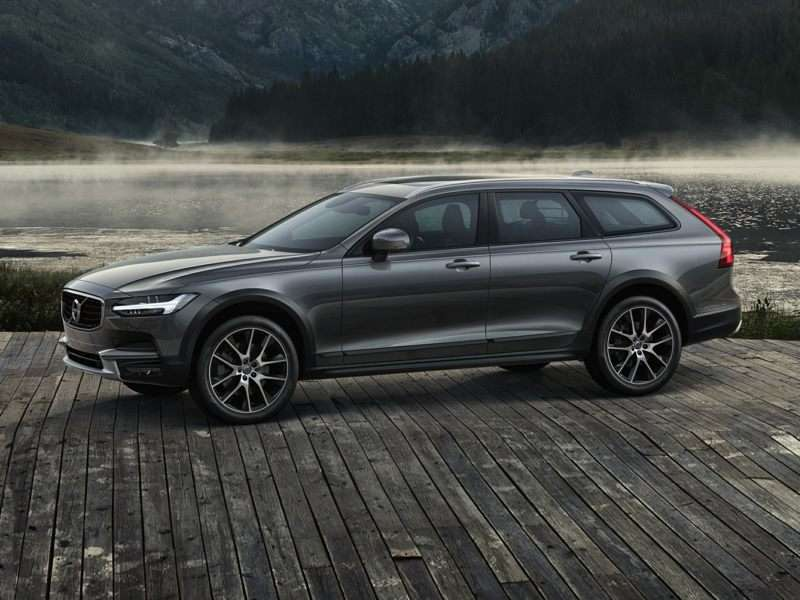 Research the 2017 Volvo V90 Cross Country