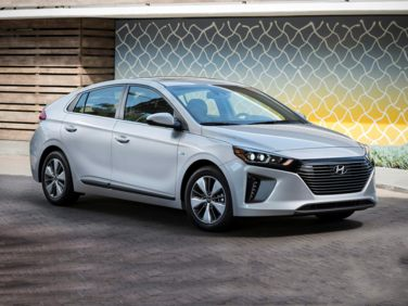 Research the 2019 Hyundai Ioniq Plug-In Hybrid
