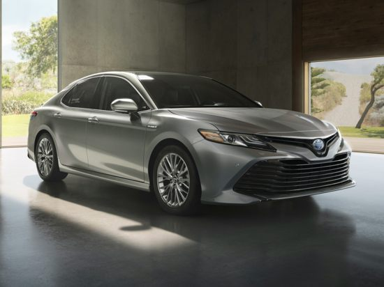 2019 Toyota Camry Hybrid Models Trims Information And Details Autobytel