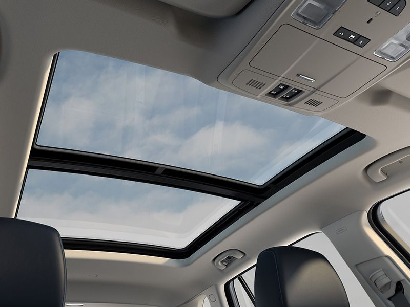 10 Best Crossovers with a Panoramic Sunroof