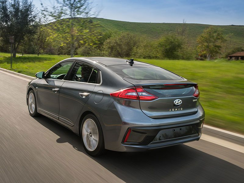 10 Best Hybrid Cars To In 2017