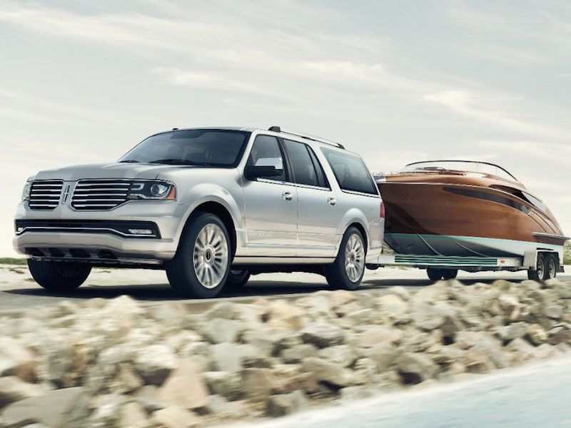 2015 Lincoln Navigator Towing 10 best suvs with a tow package autobytel com 2018 Lincoln Navigator at bayanpartner.co