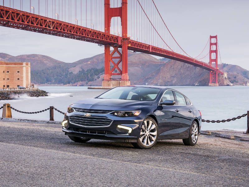 10 Things You Need to Know About the 2017 Chevrolet Malibu Hybrid
