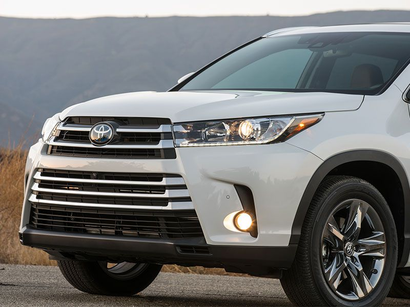 2016 toyota highlander hybrid road test and review. Black Bedroom Furniture Sets. Home Design Ideas