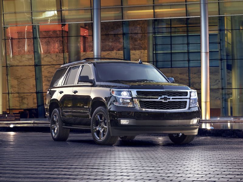 2017 Cadillac Escalade vs 2017 Chevrolet Tahoe: Which is Best ...