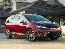 2017 Chrysler Pacifica exterior in driveway