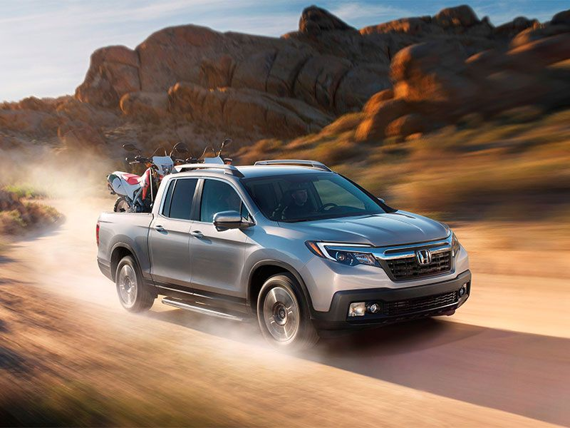 2017 Honda Ridgeline Pros and Cons