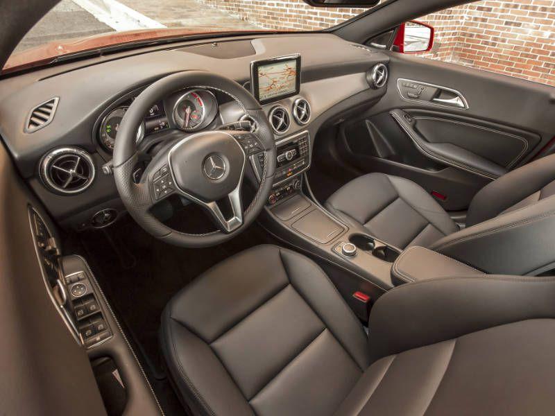 https://img.autobytel.com/car-reviews/autobytel/-2017-mercedes-benz-cla-class-road-test-and-review/2017-Mercedes-Benz-CLA-250-interior.jpg