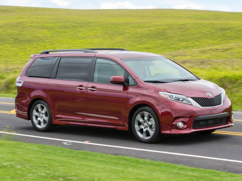 2017 toyota sienna road test and review. Black Bedroom Furniture Sets. Home Design Ideas