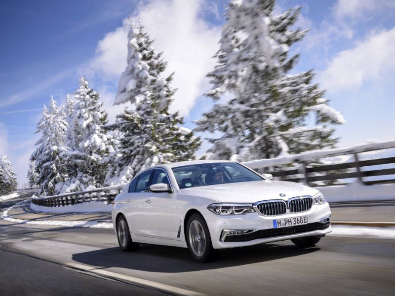 2018 BMW 530e Road Test and Review