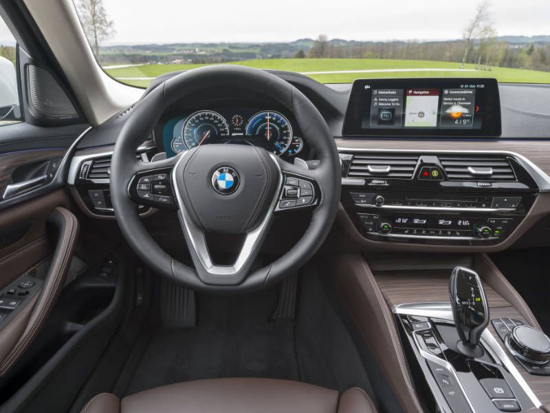 Driver Can Select Among Three Operating Modes The Bmw 530e Iperformance