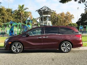 2018 Honda Odyssey Road Test and Review