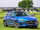 2018 Hyundai Elantra GT front three quarters with cannons