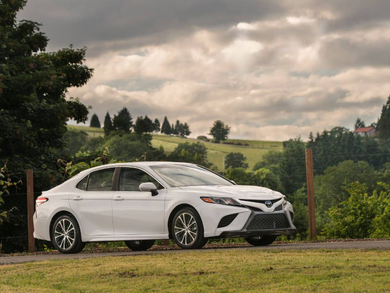 2018 Toyota Camry Road Test and Review