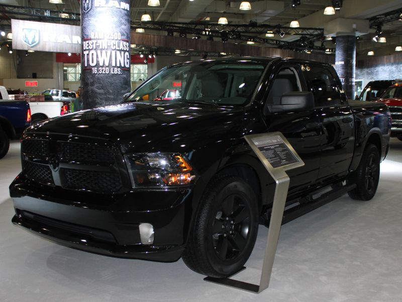 Suv And Truck Photos From The 2017 New York International