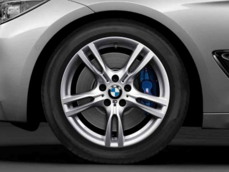 What Is The BMW 335i M Sport Package? | Autobytel.com