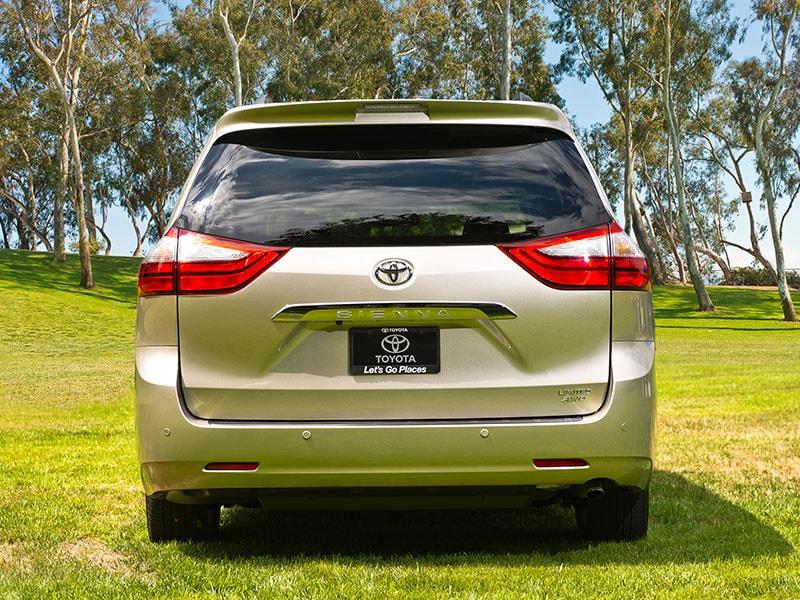 Best Minivans With A Liftgate