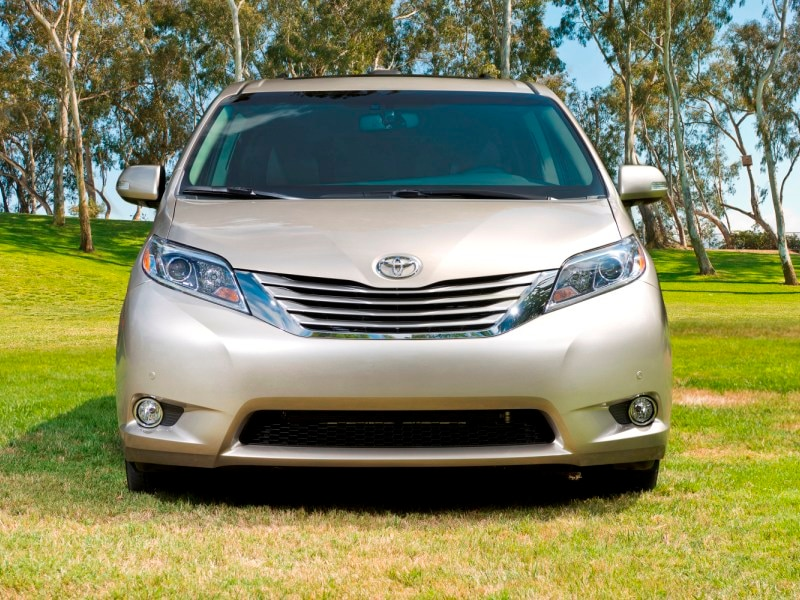 Best Fuel-Efficient Minivans