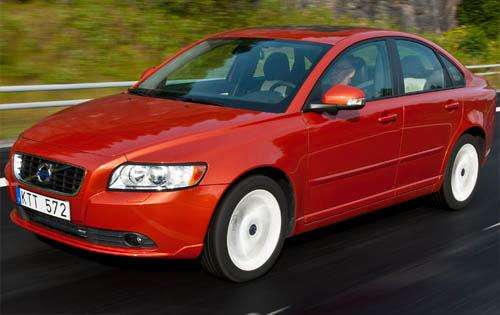 2011 Volvo S40 Review
