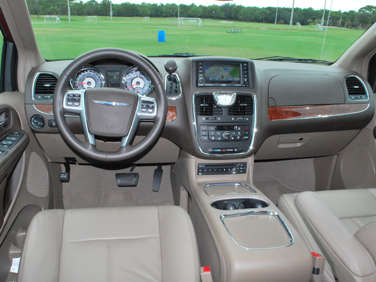2011 chrysler town and country limited problems