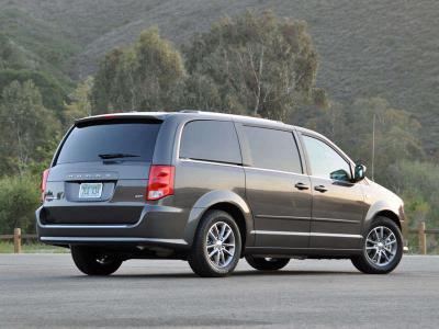 Best Used Minivan >> The 10 Best Used Minivans On Today S Market Autobytel Com