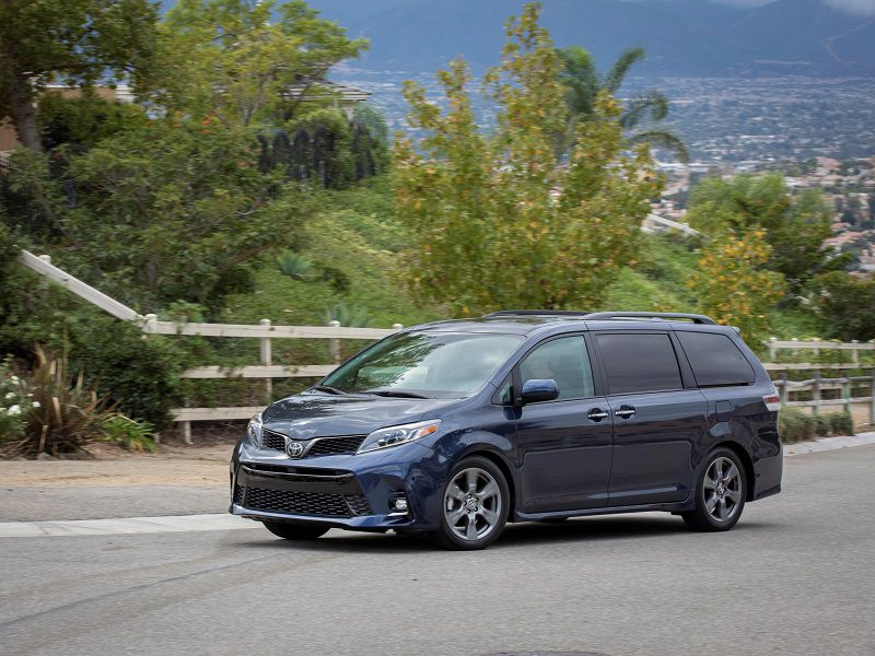 Six Toyota Sienna Competitors to Consider
