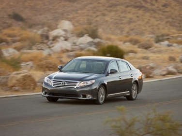 2011 Toyota Avalon Road Test and Review