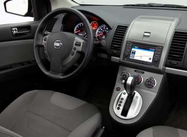 2012 nissan sentra reviews
