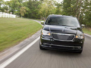 10 Things You Need To Know About The 2012 Chrysler Town & Country