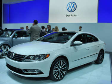 2011 L.A. Auto Show Debut: Updated 2013 Volkswagen CC