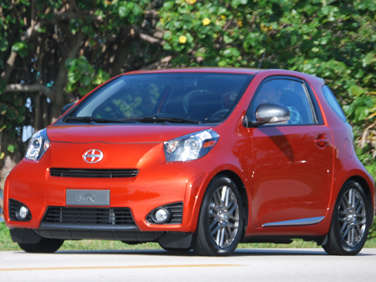 2012 Scion iQ First Drive Review