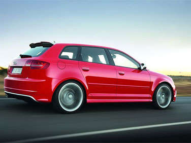 5 Most Fuel-Efficient 2012 Family Station Wagons
