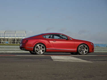 Detroit Update - Bentley Introduces More Efficient V-8 Continental GT