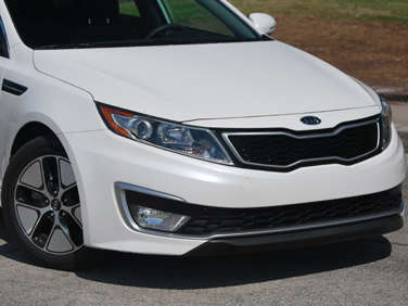2012 Kia Optima Hybrid Road Test and Review
