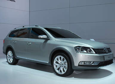 New York Auto Show: Volkswagen Passat Alltrack Concept Vehicle