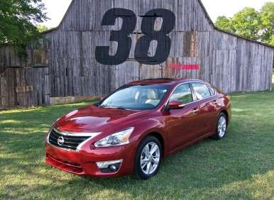 2013 nissan altima sedan road test and review. Black Bedroom Furniture Sets. Home Design Ideas
