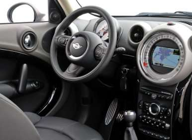the 2012 mini cooper s countryman with all4 drive road. Black Bedroom Furniture Sets. Home Design Ideas