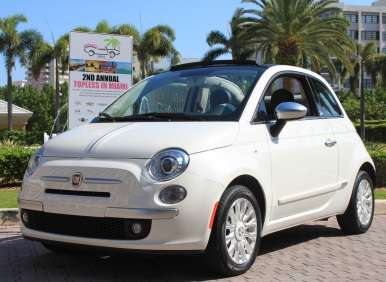 Topless in Miami: Fiat 500c by Gucci Named Best Small Convertible by SAMA
