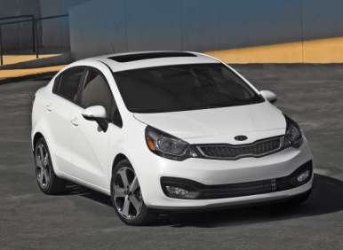 2013 Kia Rio Doubles up on Design Awards