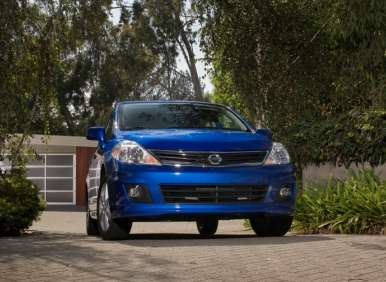 2013 Nissan Versa Sedan to Join 40-mpg Club