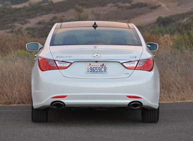 2013 Hyundai Sonata 2.0T Review: How It Drives