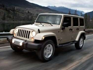 2013 Jeep Wrangler Offers More Comforts, More Capabilities