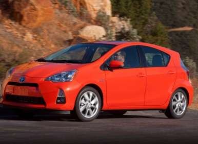10 Low Cost Hybrid Cars
