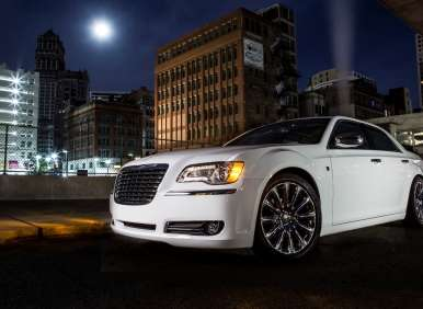 2013 Chrysler 300 Motown Edition to Make Detroit Debut