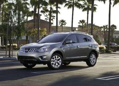 2013 Nissan Rogue S AWD Road Test and Review