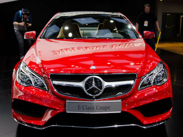 2014 Mercedes-Benz E-Class Coupe & Cabriolet Preview: Detroit Auto Show