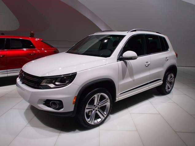2014 volkswagen tiguan r line preview 2013 detroit auto show. Black Bedroom Furniture Sets. Home Design Ideas
