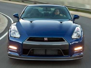 2014 Nissan GT-R Arrives in Dealerships