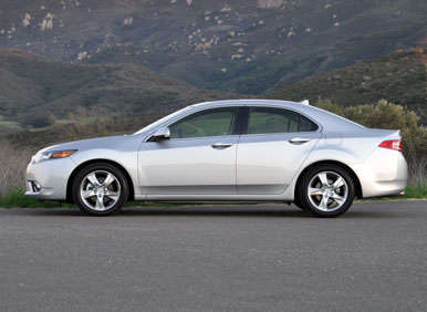 2013 Acura TSX Road Test and Review | Autobytel.com